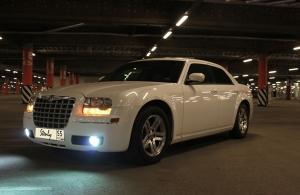 Аренда Chrysler 300C в Омске