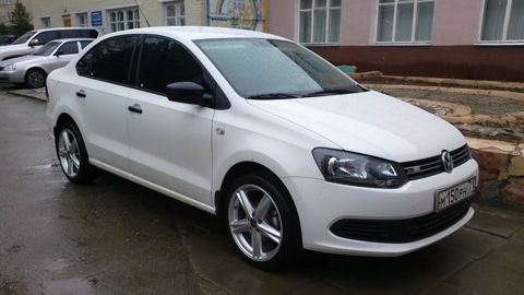 Аренда Volkswagen Polo Sedan в Иркутске