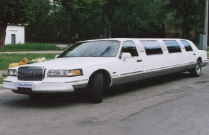 Аренда Lincoln Town Car Limousine в Иркутске