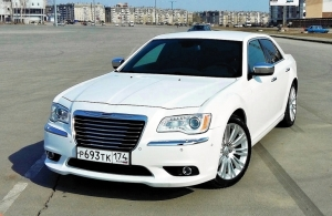 Аренда Chrysler 300C в Челябинске