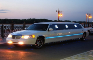 Аренда Lincoln Town Car Limousine в Астрахани