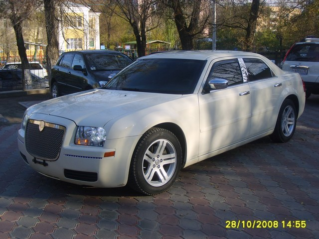 Аренда Chrysler 300C в Астрахани